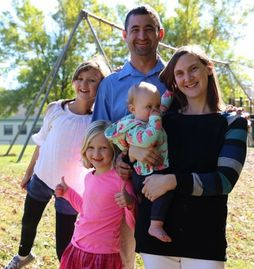 David with his wife and 3 girls. The 5 Tides