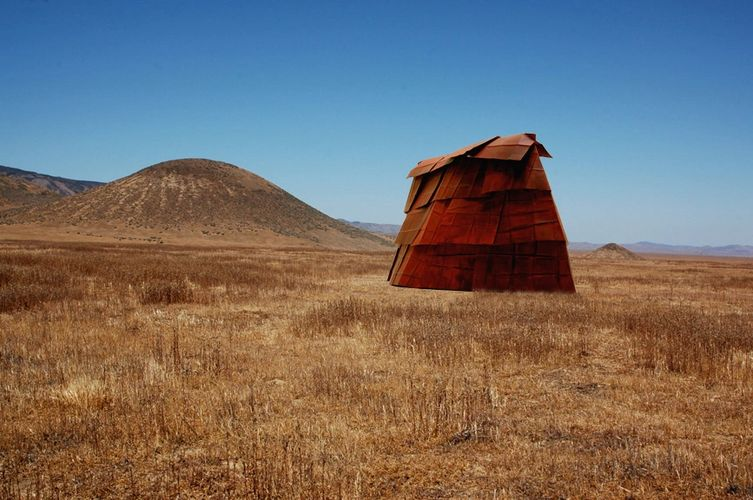 Richard Aber. Nomadic Structure-3, Carrizo Plain