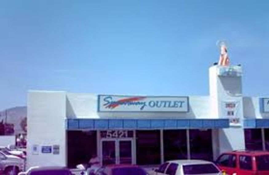 Speedway Outlet supports the Vietnam Veterans of America Tucson Chapter 106