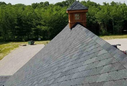 Commercial roofing and residential home roofing for Champaign IL, Urbana IL, Mahomet IL, Gibson City
