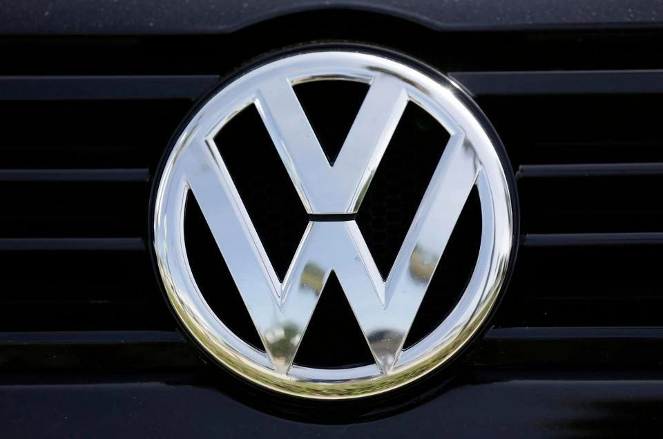 VW to Change Logo in Preparation for Electric-Car Era 9587d83da