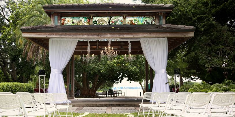 Wedding Facade with Chandeliers - Selby Garden Pavilion Sarasota offered by Beach Breeze Weddings
