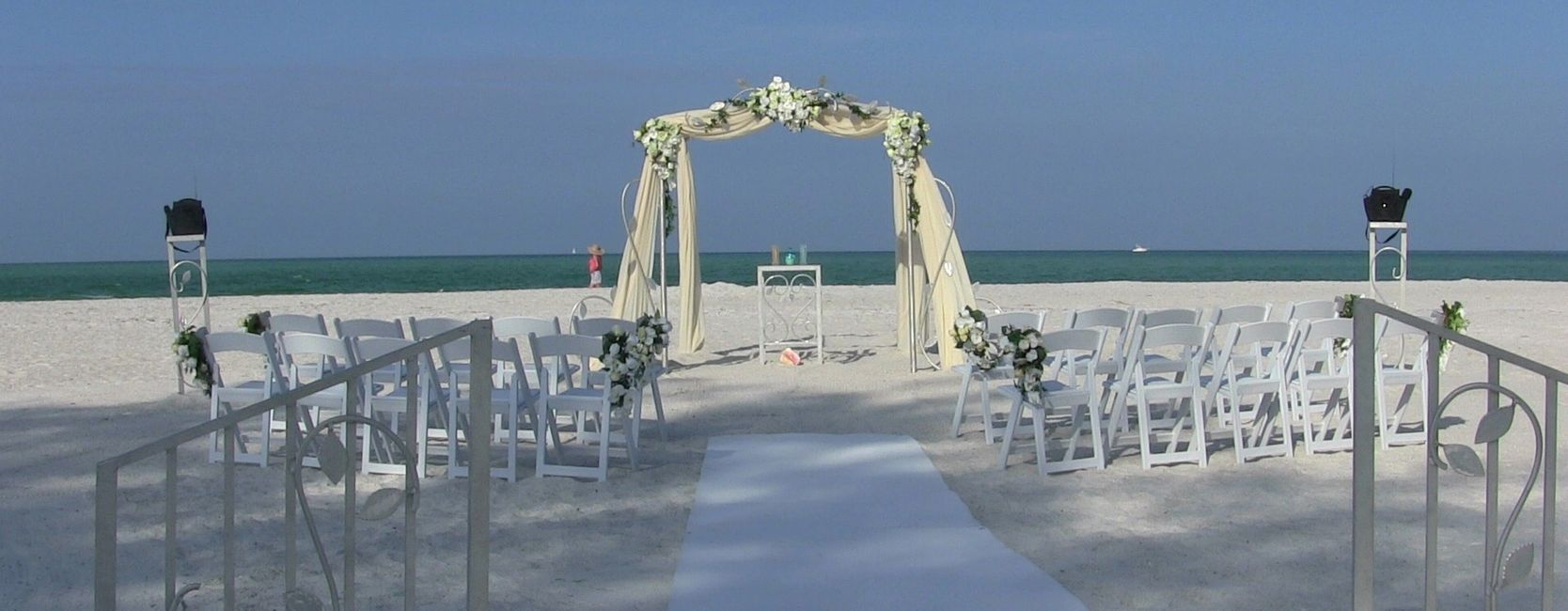 This Sarasota Wedding Elegance With vines Decor Package