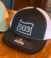 503 trucker hat in black and white