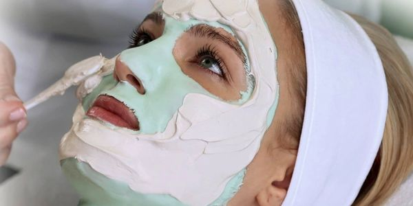 Lee's Studio in Parkersburg, West Virginia, offers a variety of anti-aging masks and facials.