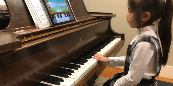 Private piano lessons in Tacoma (Tacoma Music Academy)