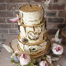 Links to Recommended Wedding Cake Makers