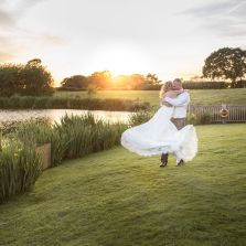 Tom & Lianne's Sandhole Oak Barn Wedding Blog