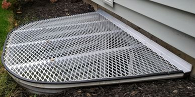 rust free Custom aluminum Well Cover that is light weight for safety and easy removal.