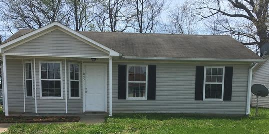 1045 Shadow Ridge Ave., Oak Grove, KY