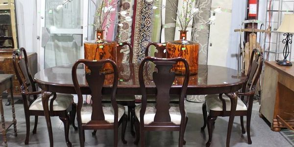 Online auction of Furniture