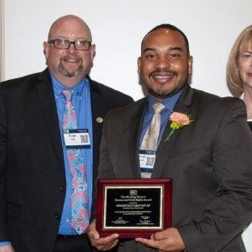 Dr. Griffin receives top award from the Illinois Education Association