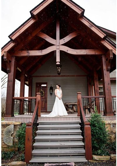 The porch at the Millhouse Lodge.  Image courtesy of Tracy Shoopman Photography