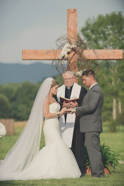 Summer Wedding at McGuire's Millrace Farm