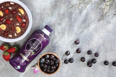 Organique Acai Berry Juice A good source of heart-healthy Omega 3,6,7,9 fatty acids  and Anti-Aging