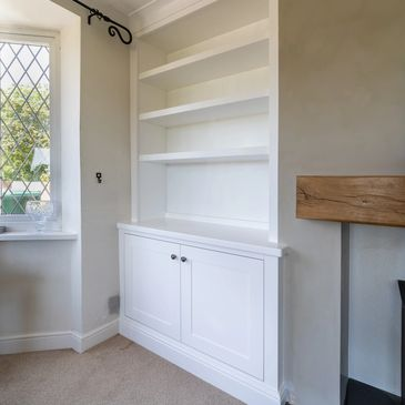 Alcove unit fitted by TW Bespoke in burton on Trent, Staffordshire.