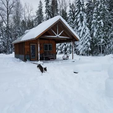 Winter wonderland! Choose the Western home or camping cabin for your Schweitzer getaway