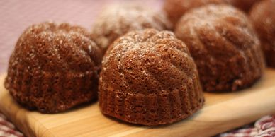 mini brandy ginger cakes