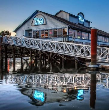 Mo's Seafood and Chowder Restaurant in Florence, Oregon