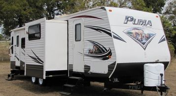 2014 Palomino Puma 30RLSS Travel Trailer For Sale