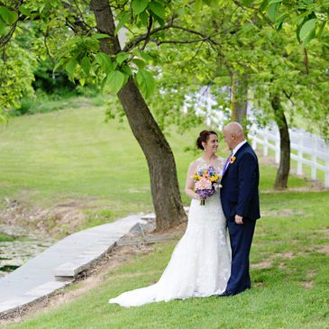 Wedding Couple at Pleasant View Farm