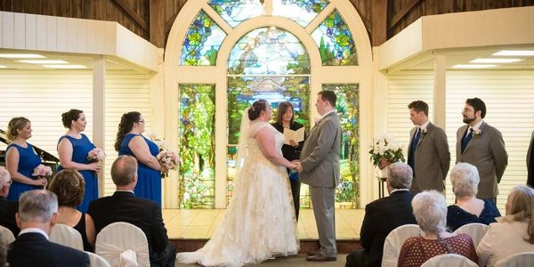 Wedding Officiant - Kings Court Chapel