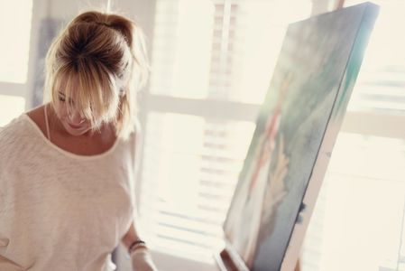 Kristine Andrea artist paints in her Calgary Studio.  Paints realism, impressionist, painterly style