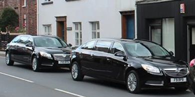 Vauxhall insgnia limousine limo stretched limo two limos high quality funerals best funeral director
