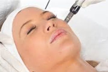 Microneedling is most likely the best treatment for skin resurfacing and the way it works is by using needles that are long enough to cause microscopic injuries to the fine blood vessels that are at the level of the hair follicles.