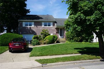 3658 Libby Ln, Wantagh
