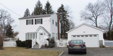 2585 8th Ave, East Meadow