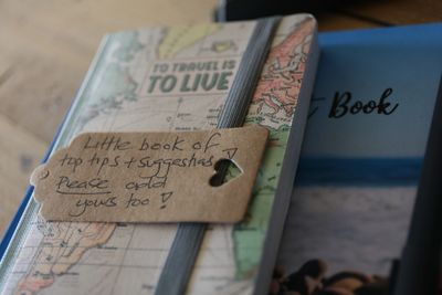 Guest reviews and our little tips book