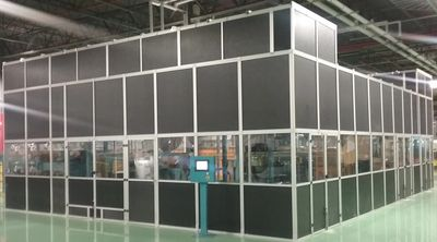 Machine perimeter guarding wit T-Slotted Aluminum Extrusion and Safety fencing materials.