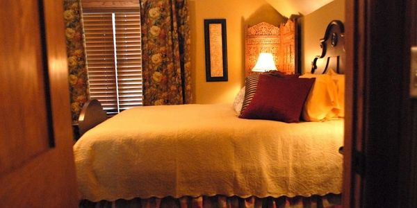 Bed and Breakfast Rooms at Longview Farms