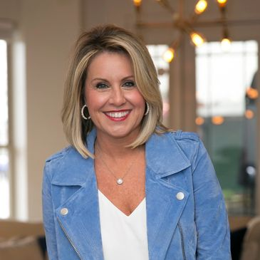 Laura Norton Owner of Wise Living Real Estate in Fairhope Alabama