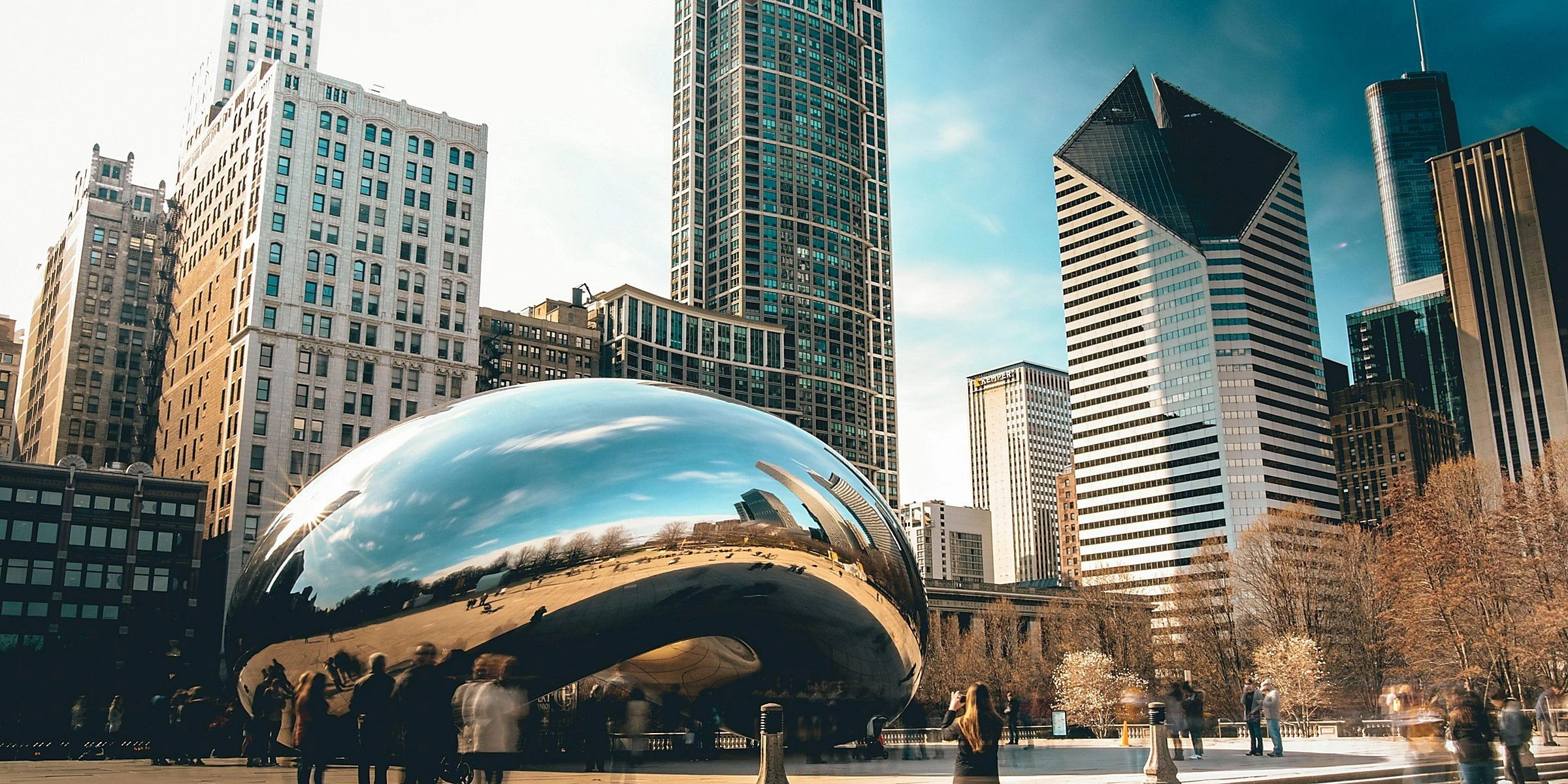 Chicago bus charter and minibus rental coach transportation company & shuttle services from airports