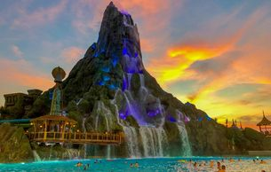 Universal Orlando Volcano Bay and Attractions like Disney and Seaworld