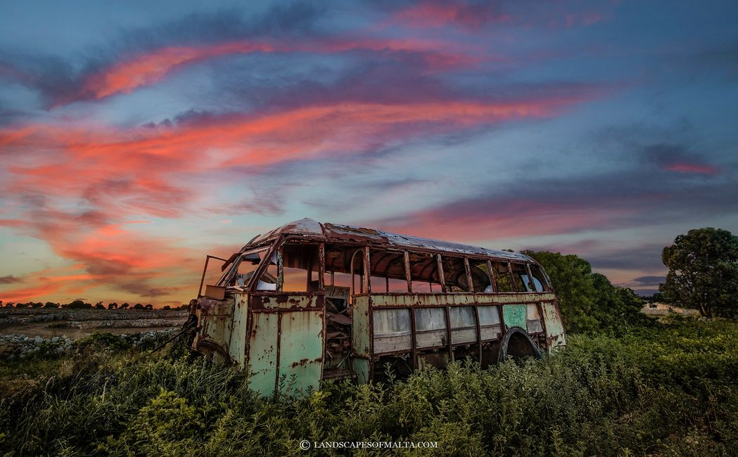 FINE ART LANDSCAPE PHOTOGRAPHIC PRINTS OF MALTA AND GOZO - ZEJTUN OLD BUS IN A FIELD