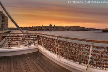 Valletta Sunrise with padlocks fromtigne point bridge