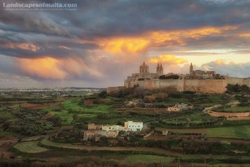 Mdina at sunset. Derren vella fine art landscapes of malta and Gozo at sunset