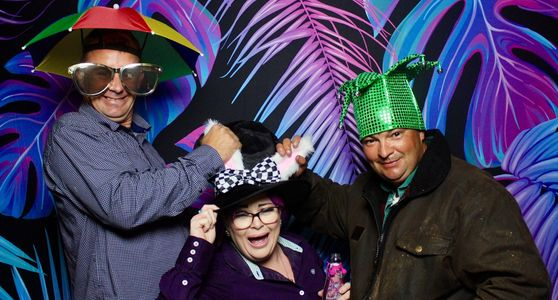 Everyone love a photo booth. We guarantee you'll have loads of fun too!