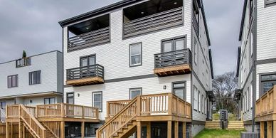 New Luxury Sober Living Halfway Houses in Nashville Tennessee have luxury outdoor decks living space