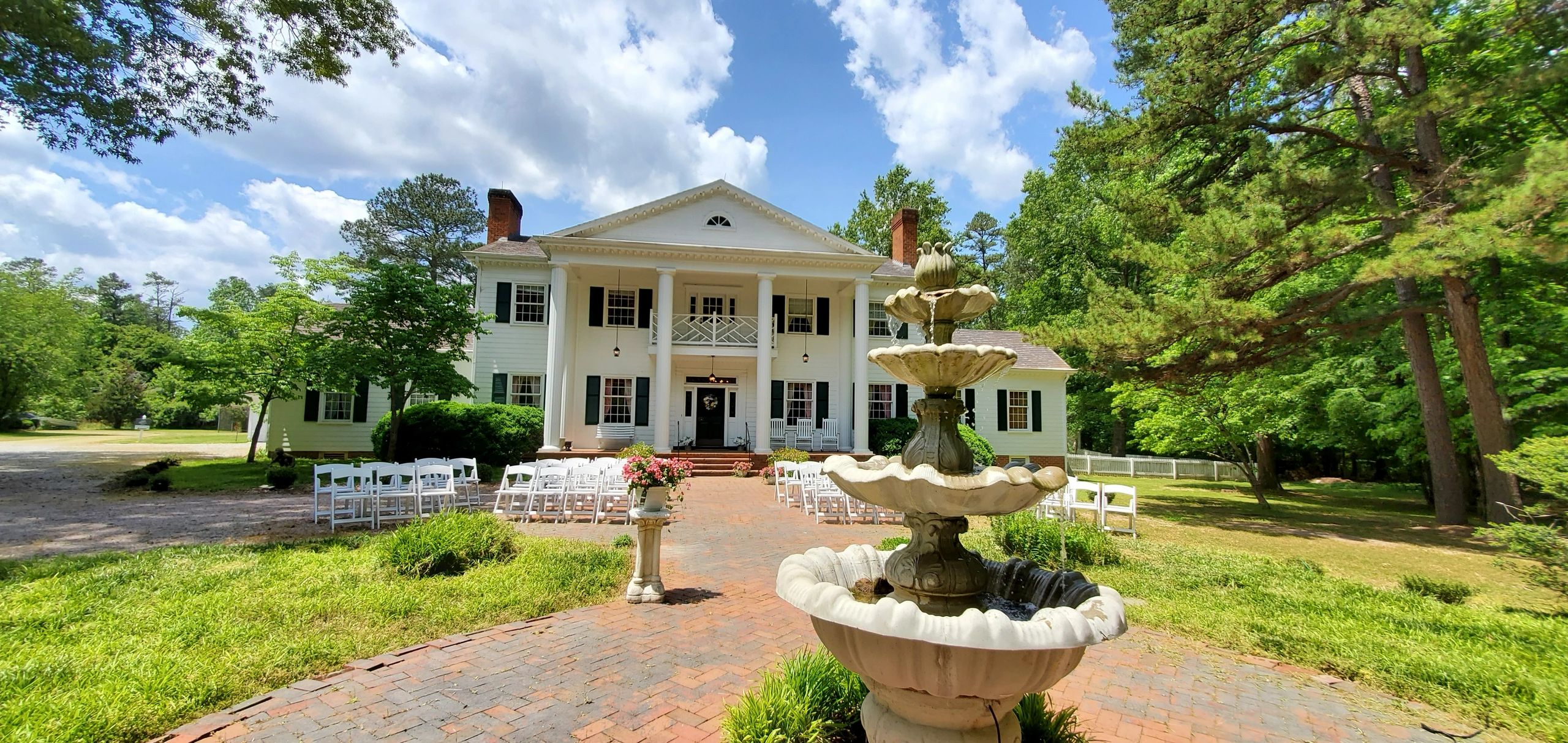 The Apple Blossom Inn, Wedding Venue Richmond Virginia, Richmond Weddings, Elopement services