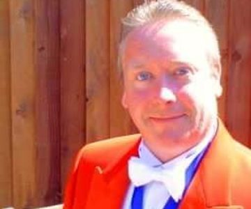 Paul Dempsey M.Inst.MCT Toastmaster covering Wirral, Buxton, Merseyside, Manchester and Cheshire.