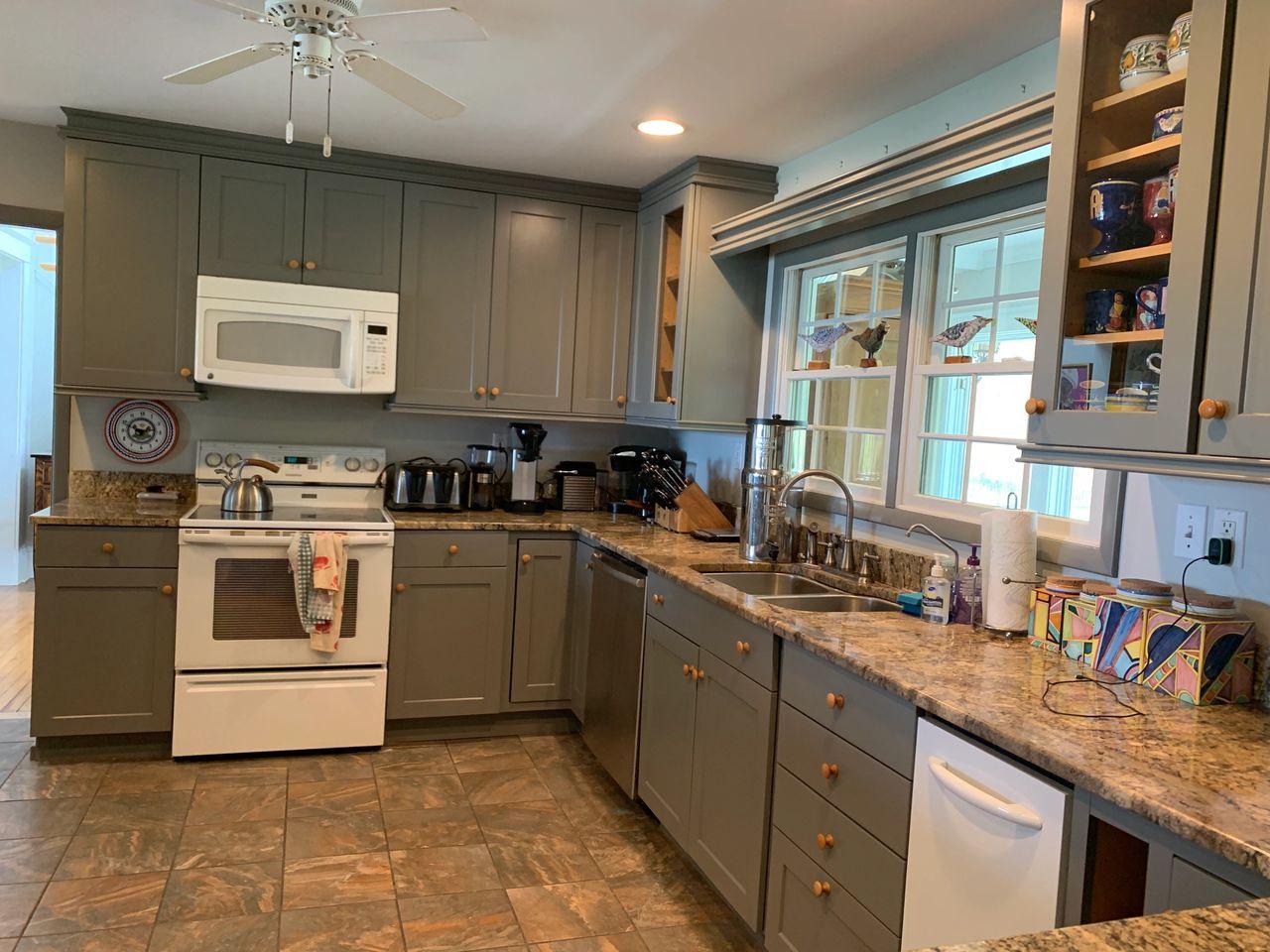 Kitchen Cabinet Painting Refinishing