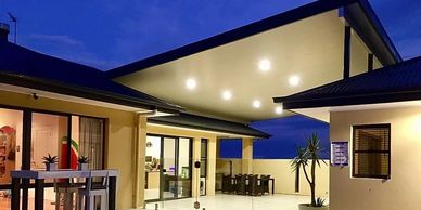 "alt=""insulated Deltapanel patio roof"""