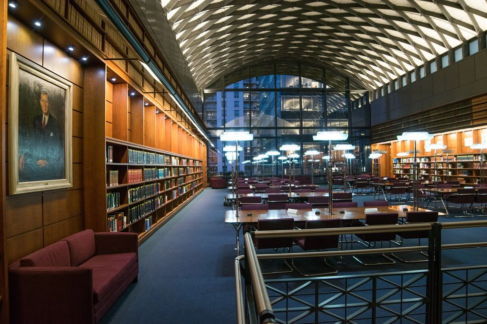 Chicago-Kent College of Law Library
