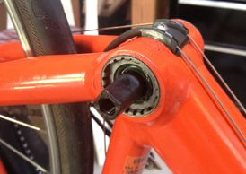 bicycle bottom bracket, square tapered spindle