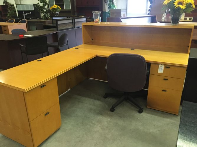 used and pre owned office furniture, used desks, used chairs, used