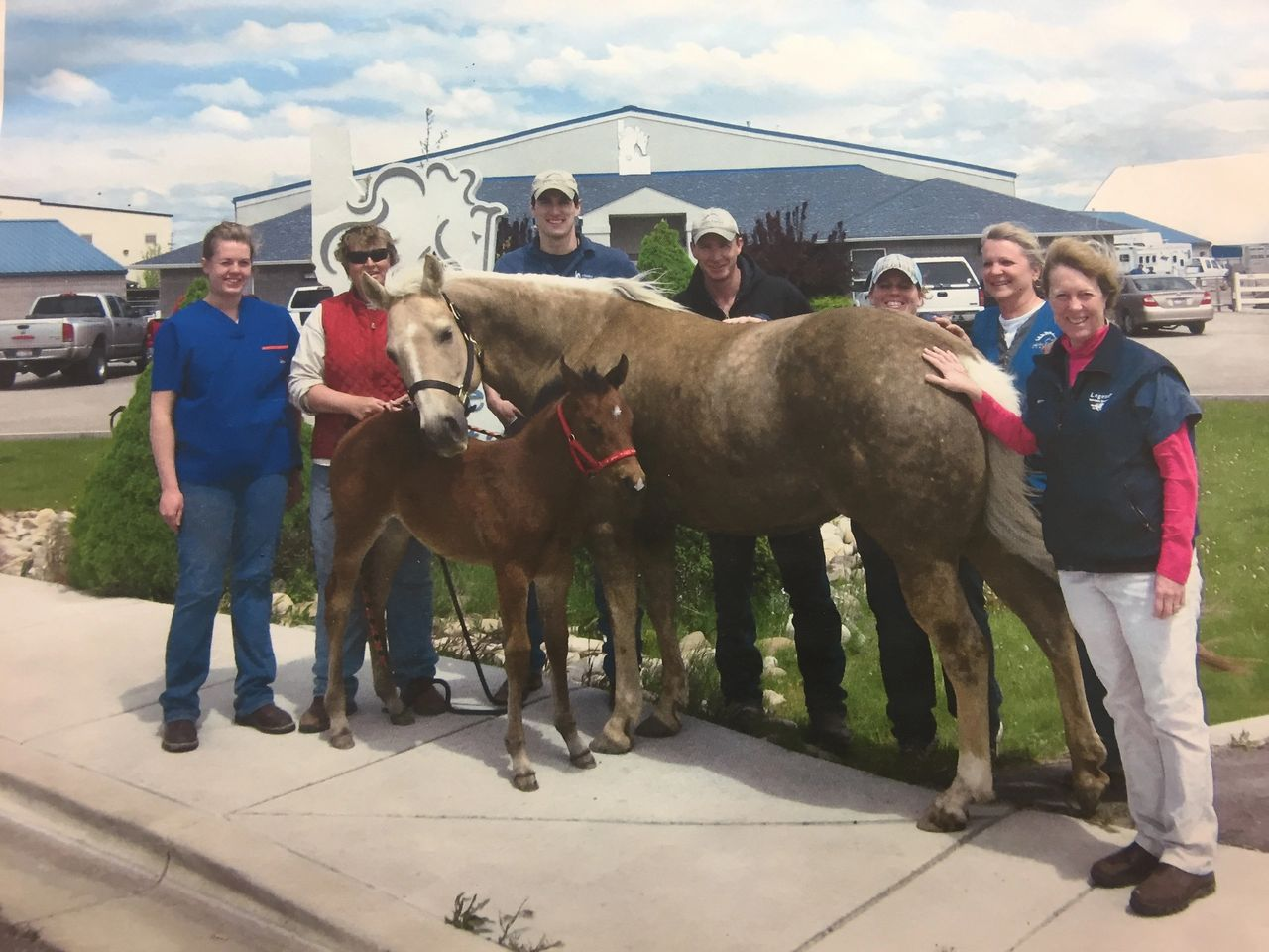 Ava, her recipient mare Zsa Zsa, Kris Troxel, and the IEH crew celebrating the miracle of Ava's conception, transfer and arrival in 2010.